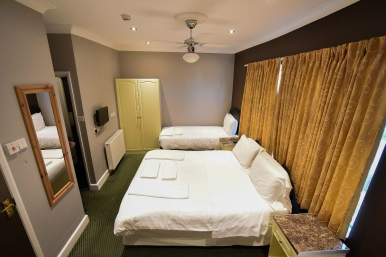 Triple room at Boston Manor Hotel